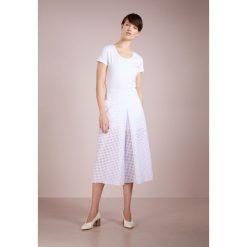 Escada Sport EBASICA Tshirt basic white. Białe t-shirty damskie Escada Sport, z bawełny. Za 269,00 zł.