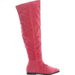 Różowe Kozaki Charming Gleam. Kozaki damskie marki Born2be, z materiału, z okrągłym noskiem, na płaskiej podeszwie. Za 59,99 zł.