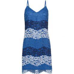 Sukienka koronkowa bonprix jasnoniebiesko-ciemnoniebieski wzorzysty. Niebieskie sukienki koronkowe bonprix, na ramiączkach. Za 69,99 zł.
