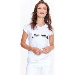 T-SHIRT BIAŁY Z PERŁAMI. Białe t-shirty damskie Top Secret. Za 34,99 zł.