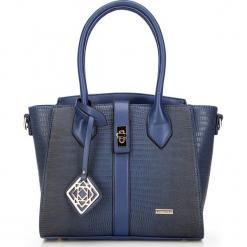 Torebka damska 87-4Y-775-7. Niebieskie kuferki damskie Wittchen, z motywem zwierzęcym. Za 299,00 zł.