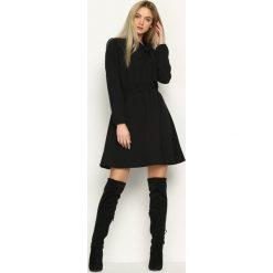 Sukienki hiszpanki: Czarna Sukienka First Ladies