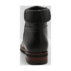 Everybody Botki carreza nero/vegetale dattero. Czarne buty zimowe damskie Everybody, z gumy. W wyprzedaży za 440,30 zł.