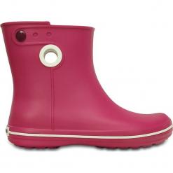 """Kalosze """"Jaunt Shorty"""" w kolorze różowym. Czerwone kalosze damskie marki Crocs, z materiału. W wyprzedaży za 85,95 zł."""