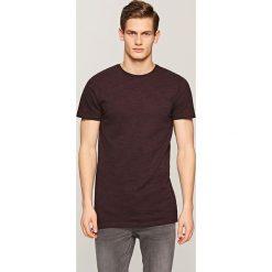 Melanżowy t-shirt - Bordowy. Niebieskie t-shirty męskie marki Reserved. Za 29,99 zł.