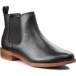 Sztyblety CLARKS - Taylor Shine 261119654 Black Leather. Czarne botki damskie na obcasie Clarks, z jeansu, z okrągłym noskiem. W wyprzedaży za 259,00 zł.