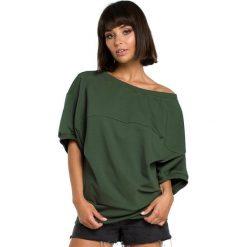 BIANCA Bluza z kimonowymi rękawami - militarno zielona. Zielone bluzy damskie BE, l, z dzianiny. Za 129,99 zł.