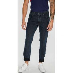Wrangler - Jeansy. Niebieskie jeansy męskie regular Wrangler. Za 329,90 zł.