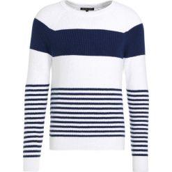 Swetry męskie: Michael Kors STRIPE JUMPER Sweter white