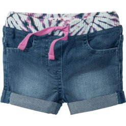 Krótkie spodenki dżinsowe bonprix niebieski bleached. Niebieskie spodenki dziewczęce bonprix, w paski. Za 32,99 zł.