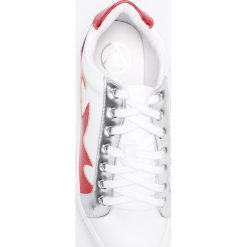 Missguided - Buty. Szare buty sportowe damskie marki Missguided, z materiału. W wyprzedaży za 89,90 zł.