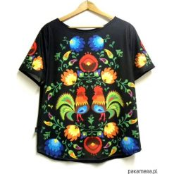Bluzka damska,t-shirt ze wzorem folk S-XL. Czarne bluzki damskie marki Pakamera, s, klasyczne, z klasycznym kołnierzykiem. Za 69,00 zł.