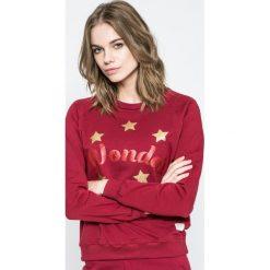 Femi Stories - Bluza Wonder. Czerwone bluzy z nadrukiem damskie marki Femi Stories, l, z bawełny, bez kaptura. W wyprzedaży za 129,90 zł.