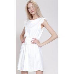 Sukienki: Biała Sukienka Whatever It Was