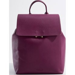 Plecak z uchwytem - Fioletowy. Fioletowe plecaki damskie Mohito. Za 99,99 zł.