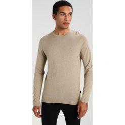 Kardigany męskie: Calvin Klein SAUL CREW NECK Sweter beige
