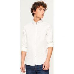 Koszula z mikroprintem slim fit - Biały. Czarne koszule męskie slim marki Reserved. Za 89,99 zł.