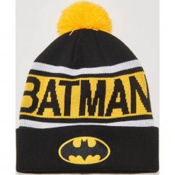 Czapka z pomponem Batman - Czarny. Czarne czapki męskie House, z motywem z bajki. Za 49,99 zł.