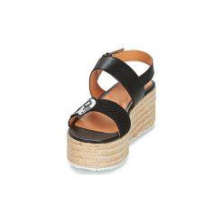 Sandały Love Moschino  JA16087I15. Szare sandały damskie marki Love Moschino, z materiału. Za 687,20 zł.
