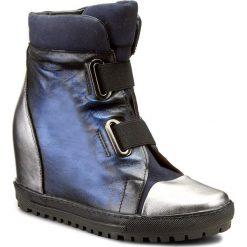 Botki EKSBUT - 4213-G56/F63/G70-1G Czarny/Niebieski. Niebieskie buty zimowe damskie Eksbut, z nubiku, na obcasie. W wyprzedaży za 269,00 zł.