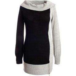 Sweter bonprix czarno-szary. Czarne swetry klasyczne damskie bonprix, z dzianiny, z dekoltem w łódkę. Za 99,99 zł.