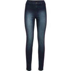 Dżinsy SKINNY z wysoką talią i kontrastowymi paskami bonprix ciemny denim. Niebieskie jeansy damskie marki House, z jeansu. Za 74,99 zł.