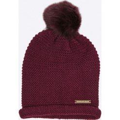 Trussardi Jeans - Czapka + szalik. Szare czapki zimowe damskie marki B'TWIN, na zimę, z elastanu. W wyprzedaży za 399,90 zł.