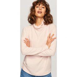 Sweter z szeroką stójką - Różowy. Czerwone swetry klasyczne damskie Reserved, l. Za 59,99 zł.