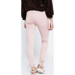 Answear - Jeansy Blossom Mood. Szare jeansy damskie rurki marki ANSWEAR. W wyprzedaży za 79,90 zł.