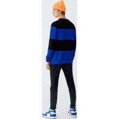 Czarne jeansy skinny fit. Czarne jeansy męskie relaxed fit Pull&Bear. Za 139,00 zł.
