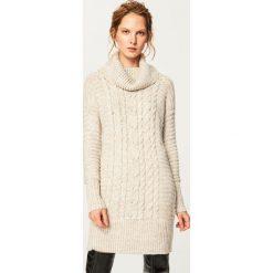 Swetry damskie: Sweter z obszernym golfem - Beżowy