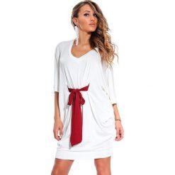 Odzież damska: Sukienka Sara Zago w kolorze białym