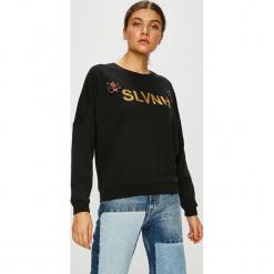 Silvian Heach - Bluza. Szare bluzy z nadrukiem damskie marki Silvian Heach, l, z bawełny, bez kaptura. W wyprzedaży za 219,90 zł.