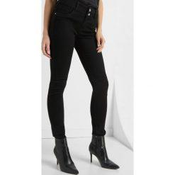 Jeansy skinny z wysokim stanem. Brązowe jeansy damskie skinny marki Orsay, s, z dzianiny. Za 119,99 zł.