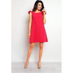 Sukienki balowe: Różowa Szykowna Sukienka Koktajlowa z Motylkami