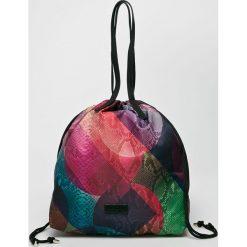 Desigual - Torebka. Szare torebki klasyczne damskie Desigual, z materiału, duże. W wyprzedaży za 169,90 zł.