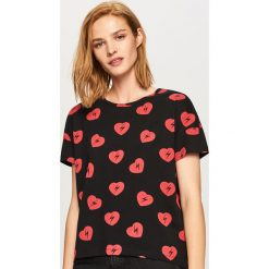 T-shirt we wzory - Czarny. Czarne t-shirty damskie Reserved, l. Za 29,99 zł.