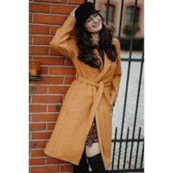 Klasyczny płaszcz wiązany pla035. Szare płaszcze damskie wełniane marki QUIOSQUE, uniwersalny, w paski, eleganckie. Za 429,00 zł.