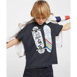 Mango Kids - T-shirt dziecięcy Skate 110-164 cm. Szare t-shirty męskie z nadrukiem Mango Kids, z bawełny. Za 35,90 zł.