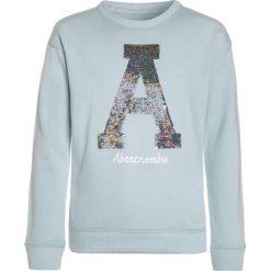 Abercrombie & Fitch FLIP SEQUIN CREW  Bluza turquoise. Niebieskie bluzy dziewczęce Abercrombie & Fitch, z bawełny. Za 189,00 zł.