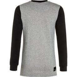 Adidas Originals EQT Bluza black/medium grey heather. Niebieskie bluzy dziewczęce marki Retour Jeans, z bawełny. W wyprzedaży za 134,25 zł.