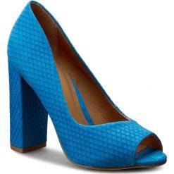 Półbuty KAZAR - Zela 28604-32-10 Niebieski. Niebieskie półbuty damskie skórzane Kazar, z otwartym noskiem, na wysokim obcasie, na obcasie. W wyprzedaży za 339,00 zł.