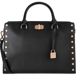 Torebki klasyczne damskie: Skórzana torebka w kolorze czarnym – (S)33 x (W)23 x (G)14 cm