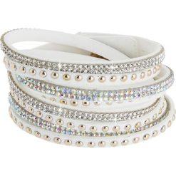 Bransoletki damskie: Skórzana bransoletka w kolorze białym ze szklanymi kryształkami