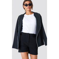 Bermudy damskie: Trendyol Szorty basic - Black