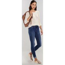 GStar 3301 MID SUPER SKINNY  Jeans Skinny Fit medium aged. Niebieskie rurki damskie marki G-Star. W wyprzedaży za 351,75 zł.