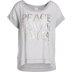Topy sportowe damskie: Deha Tshirt z nadrukiem pearl gray