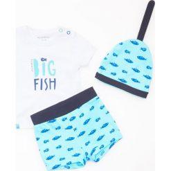 Odzież niemowlęca: Zestaw: spodenki, koszulka i czapka - Niebieski