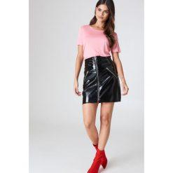 Minimum T-shirt Heidl - Pink. Różowe t-shirty damskie Minimum, z okrągłym kołnierzem. W wyprzedaży za 36,59 zł.
