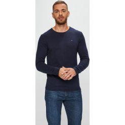 Tommy Jeans - Sweter. Czarne swetry klasyczne męskie Tommy Jeans, m, z bawełny, z okrągłym kołnierzem. Za 299,90 zł.
